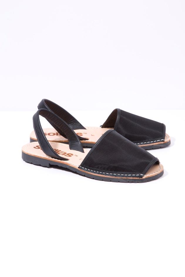 Solillas-Menorcan-Sandals-Original-Black-Mesh-Leather-Urbana-Pair-Angle